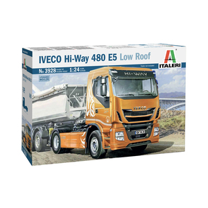 Italeri 3928 IVECO HI-WAY 480 E5 LOW ROOF 1:24 Scale Model Truck