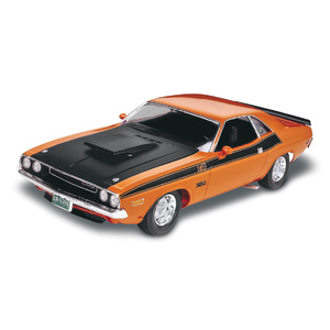 Revell 1970 Dodge Challenger 2'n1 Scale: 1:24 #2596